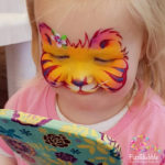 fizzbubble-face-paint-baby-tiger-orange-mirror-moment